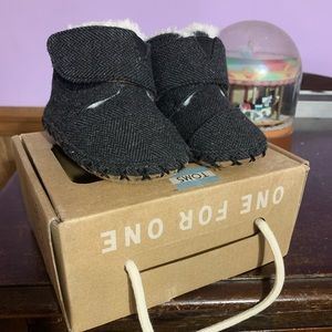 Baby TOMS Cuna boots